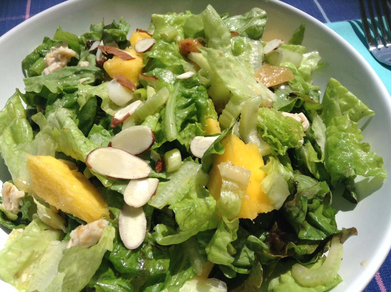 This is  great summer salad that's easy, tasty and good for you too.